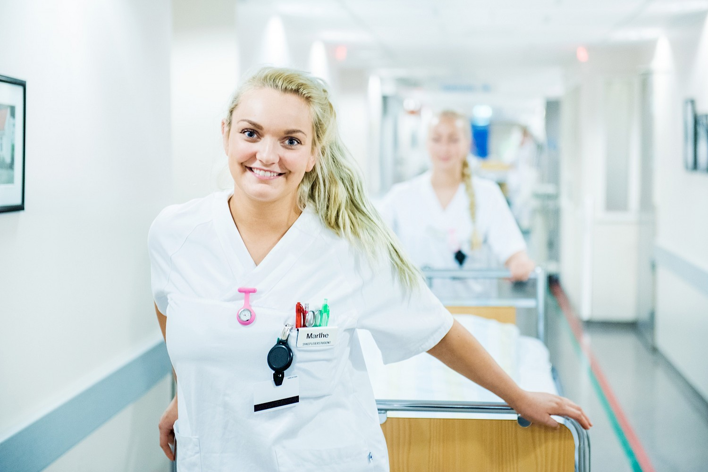 2d3d7399 Bachelor i sykepleie   Vi utdanner sykepleiere   vid.no